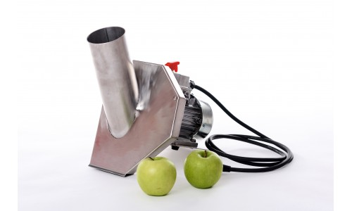 Preparation of fruit and berries for pressing with a fruit or grape crusher